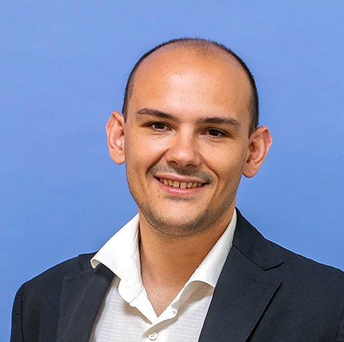 Dr. Nicola Pezzotti